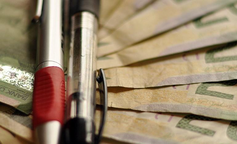 Pożyczasz pieniądze – sprawdź koszt pożyczki