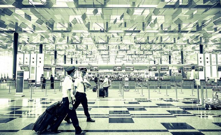 Wakacyjne latanie – podstawowe prawa pasażera