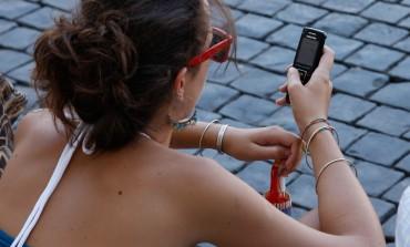 Twój telefon służbowy też potrzebuje urlopu