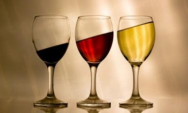 Rząd dąży do zmniejszenia spożycia alkoholu. Rozważa nowe regulacje i chce promować odpowiedzialną konsumpcję