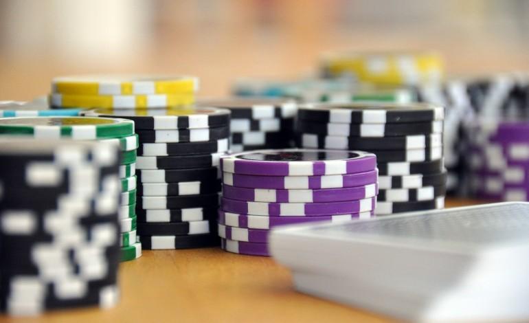 Od lipca dostawcy internetu muszą blokować dostęp do nielegalnych stron z hazardem. W praktyce wiele z nich nadal jest dostępnych