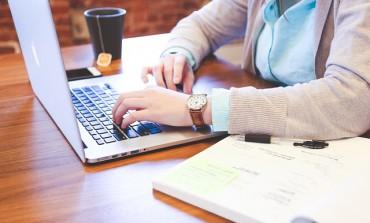 Korzystanie ze split paymentu zmusi małe przedsiębiorstwa do założenia kont firmowych