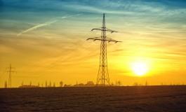 Większość firm nie obniża kompleksowo kosztów energii. Nie nadąża za zmianą przepisów i nie wykorzystuje istniejących możliwości