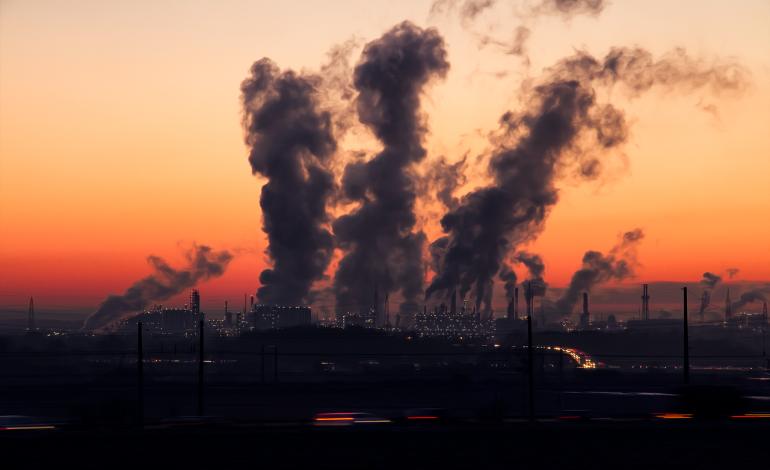 Większość polskich elektrowni nie spełnia nowych unijnych norm emisji zanieczyszczeń powietrza. Na zmiany mają cztery lata