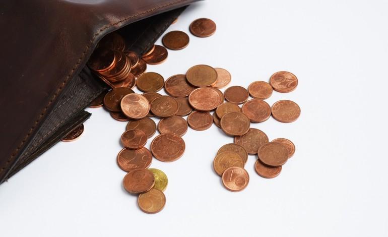 Chcesz poznać całkowity koszt kredytu gotówkowego? Bank wcale nie musi sprawdzać cię w BIK-u