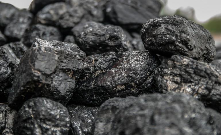 ME: projekt ustawy o rekompensacie z tytułu utraty prawa do bezpłatnego węgla przyjęty przez Sejm