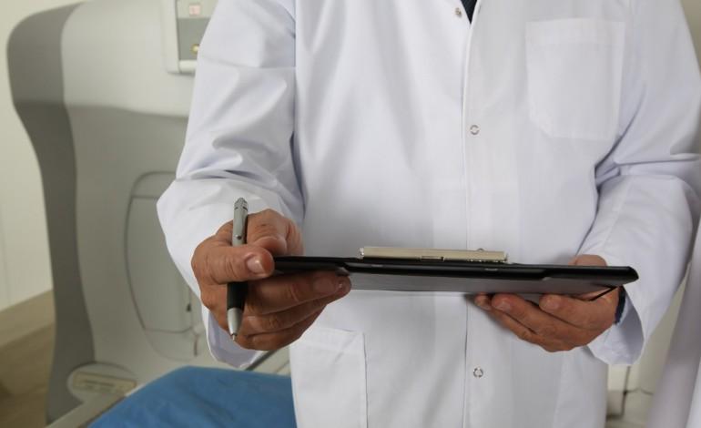 PK: to sąd, a nie pacjent, zwalnia lekarza z obowiązku zachowania tajemnicy zawodowej