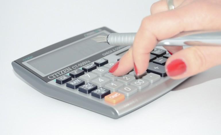 Ostatnie dni dla części podatników na rozliczenie się z fiskusem. W tym roku pojawi się nowa stawka podatku