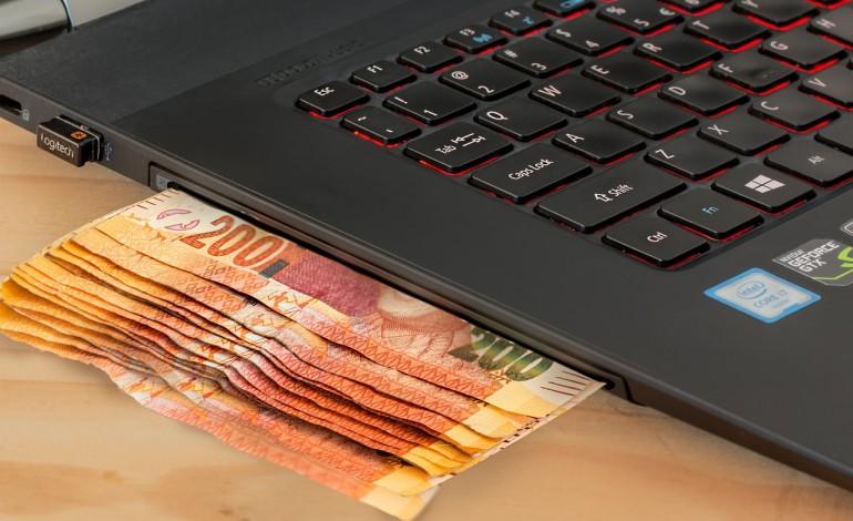 Nowe przepisy hazardowe zmniejszyły o połowę szarą strefę. Jej dalsze ograniczenie przyniosłaby budżetowi kolejne 600 mln zł