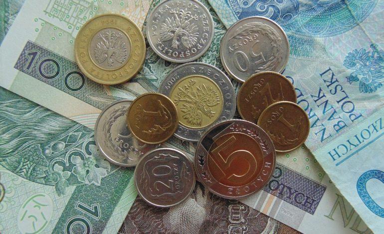 Polscy 20-latkowie na emeryturze nie dostaną nawet 40 proc. pensji. To jeden z najgorszych wyników w krajach OECD