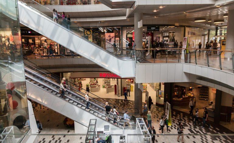 Czy centra handlowe łamią zakaz?
