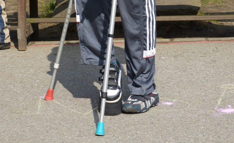 MEN: organizacja kształcenia uczniów ze specjalnymi potrzebami edukacyjnymi – działania MEN skierowane do dzieci i młodzieży z niepełnosprawnościami