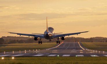 Podróż samolotem. Co i jak ubezpieczyć? Jak dochodzić swoich praw?