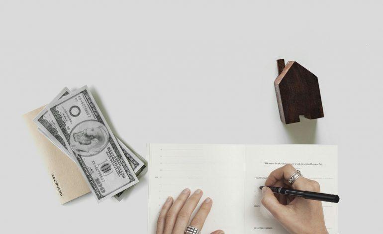 Opłaty za historię spłaty kredytu – działania UOKiK