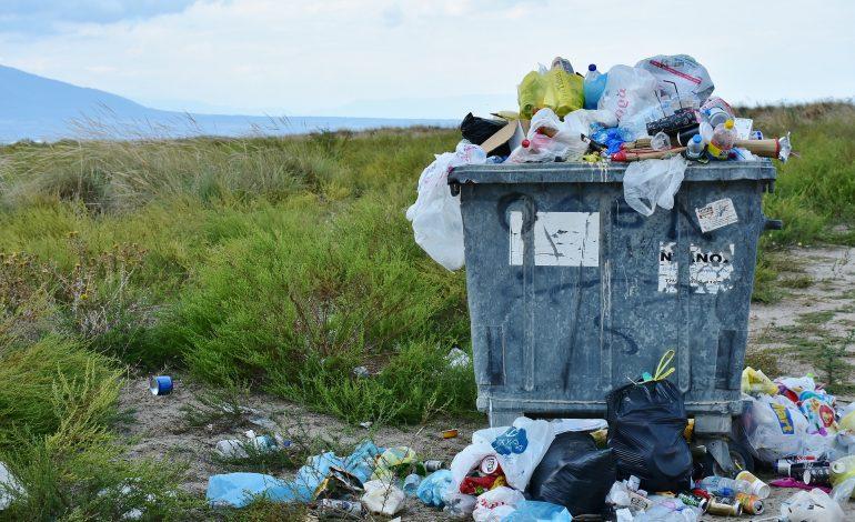 Duże zmiany w prawie na rynku odpadów. Do 2030 roku wszystkie opakowania z tworzyw sztucznych mają się nadawać do recyklingu