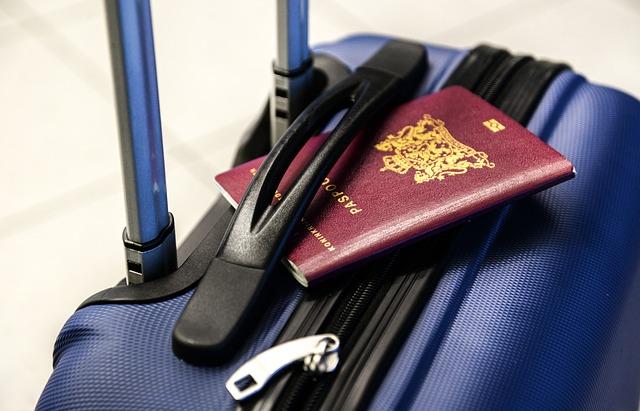 MSWiA: Od poniedziałku można składać wnioski o nowy paszport